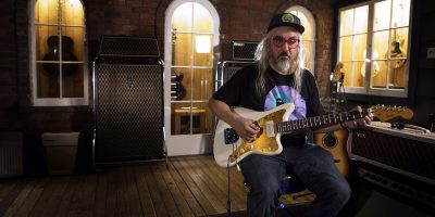 UPDATE: J Mascis Releases New Solo Project Titled 'Elastic Days'