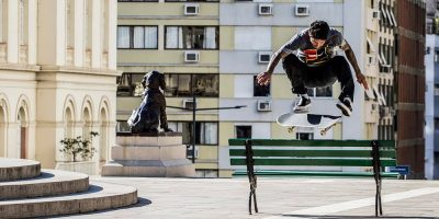 Luan Oliveira & Friends Hit  Praça da Matriz to Break in His New Shoe