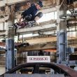 UPDATE: Tony Hawk Skates the Warehouse From 'THPS1'