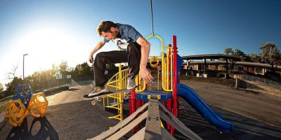 Chris Colbourn Mobs Around on New Worble Board